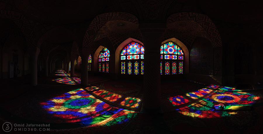 Nasir Al Mulk Mosque پنجره های رنگی مسجد نصیر الملک